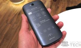 YotaPhone-2-Always-On-Display-1