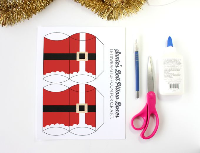 christmas pillow boxes - santa u0026 39 s belt
