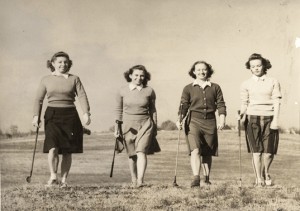 Women playing golf, 1943