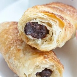 Croissant-like Breakfast Chocolate Sticks