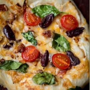 Homestyle Meditarranean Pizza (Bread Machine Method)