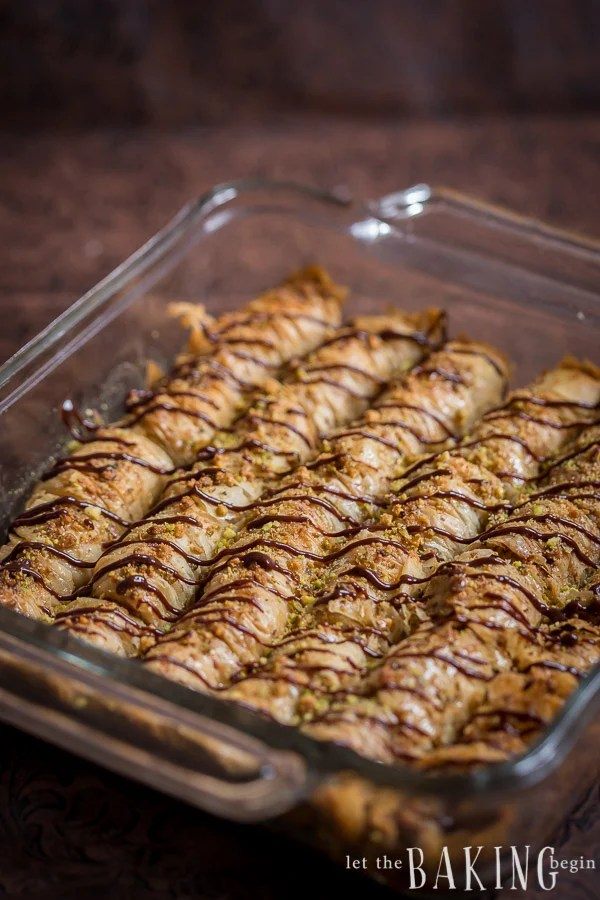the rolls larger (thicker), roll 2 sheets with nuts and then 2 sheets ...
