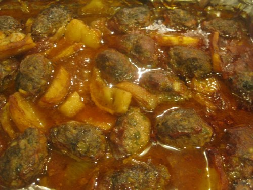 Cooked kofta with tomato sauce