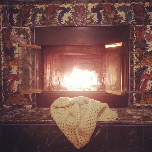 #home #fireplace #ca #winter #afternoon