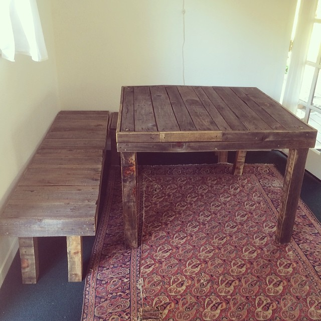 Work in progress 2 #dinningtable #dinningfurniture #tableandbench #bench #recyclewoods #palletfurniture #pinole #home #carpentry