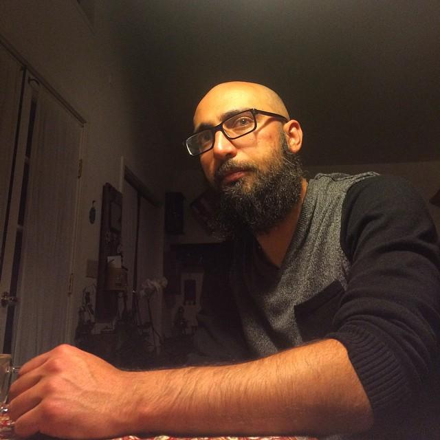 چهره سید حسن نصرالله در جوانی، یا به کجا پناه ببریم وقتی هیپستر در خانه جوانه میزند؟ #nofilter