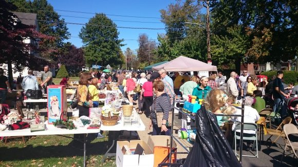 Hundreds Flock To Historic Fallsington Day
