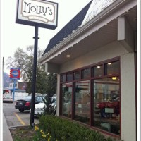 Eat Out Review: Molly's