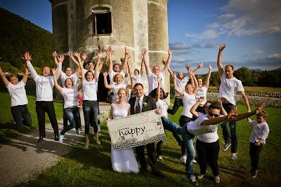 porocni-fotograf-wedding-photographer-poroka-fotografiranje-poroke- slikanje-cena-bled-slovenia-ljubljana-bled-hochzeitsfotografho (121).jpg