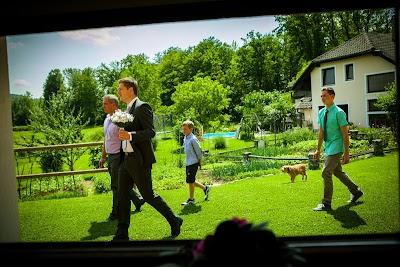 porocni-fotograf-wedding-photographer-poroka-fotografiranje-poroke- slikanje-cena-bled-slovenia-koper-ljubljana-bled-maribor-hochzeitsreportage-hochzeitsfotograf-hochzeitsfotos-ho (28).JPG