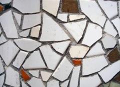 calçada com mosaico