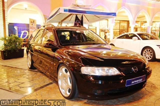 CustomPinoyRides - EuroFest 2010 Opel Vectra Wagon Carlsson Wheels pic3