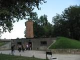 Crematorium - Auschwitz-Birkenau-1.JPG