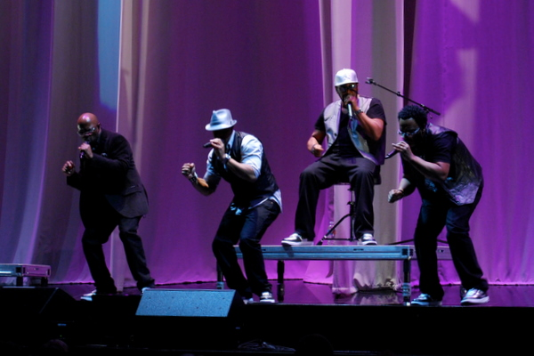 naturally 7, seattle key arena,