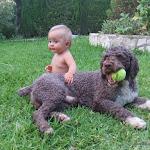 Una bebé y Gorpili de Ubrique.JPG