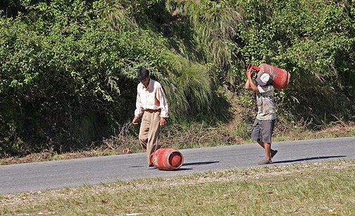 Ring road, nepal country roadside