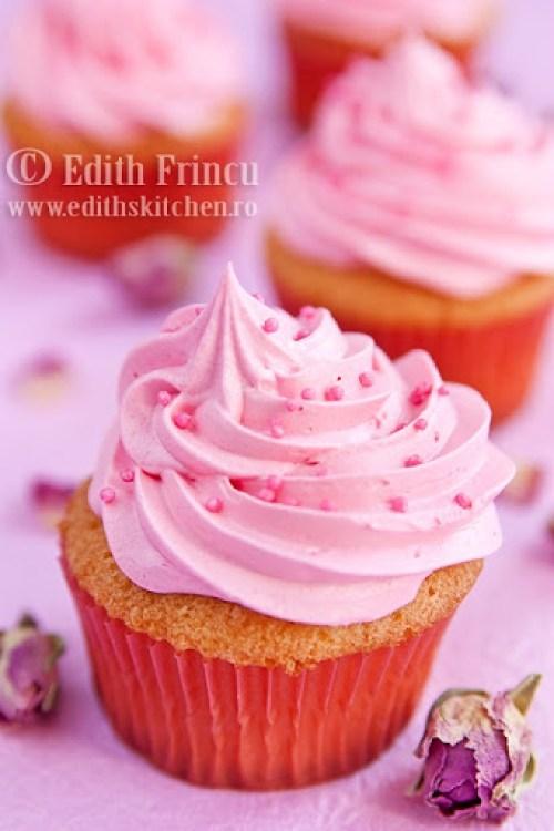 cupcakes cu trandafiri 2