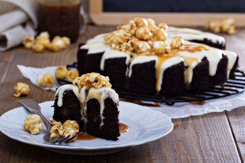 Chocolate ginger pear cake