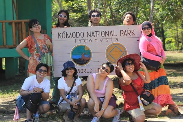 Foto Narsis Di Pulau Komodo, Yeay!