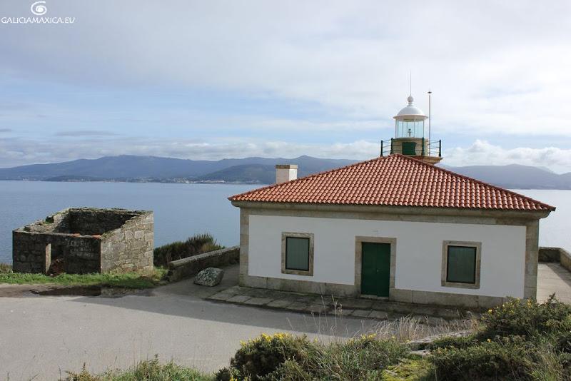 Faro de Punta Queixal