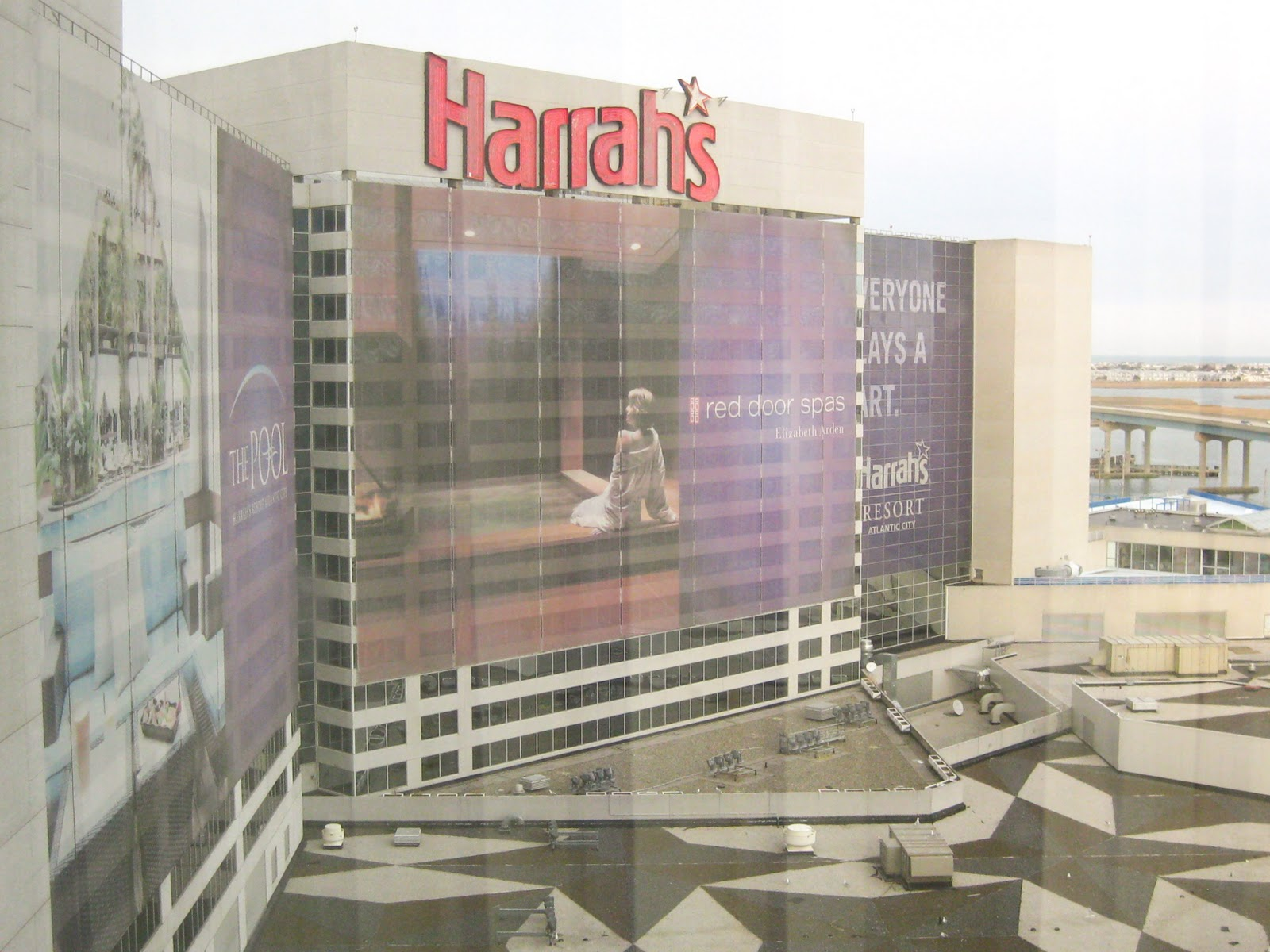 harrah chat rooms Kayak users have found double rooms in laughlin for as  best laughlin hotels lake  i even ask to speak to a manager not one called or came by to chat .
