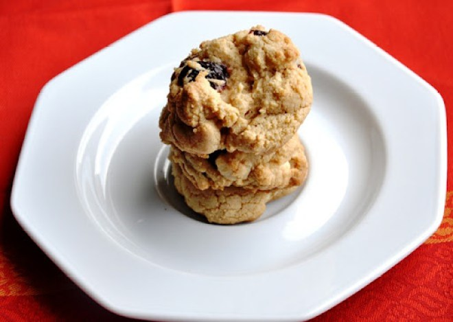 cranberry white chocolate chip cookies 105