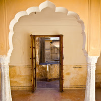 visiting the labyrinthine Amber fort in Jaipur