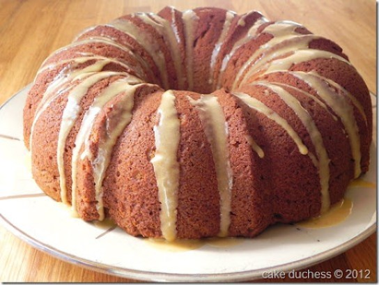 pumpkin-streusel-bundt-cake-with-pumpkin-glaze-bundt-a-month-2