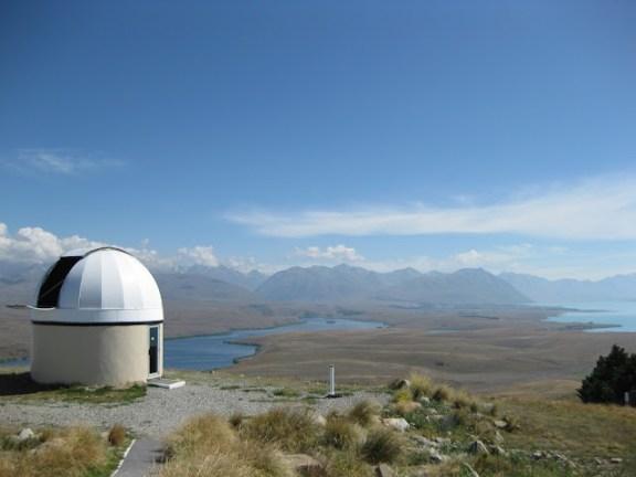 Eines der Teleskope an der Mount John Sternwarte, Lake Tekapo