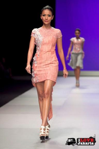 Monika Weber_Illusion_Indonesia Fashion Week 2013_JCC