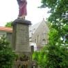 zachowany postument pomnika pierwszowojennego na Gumieńcach