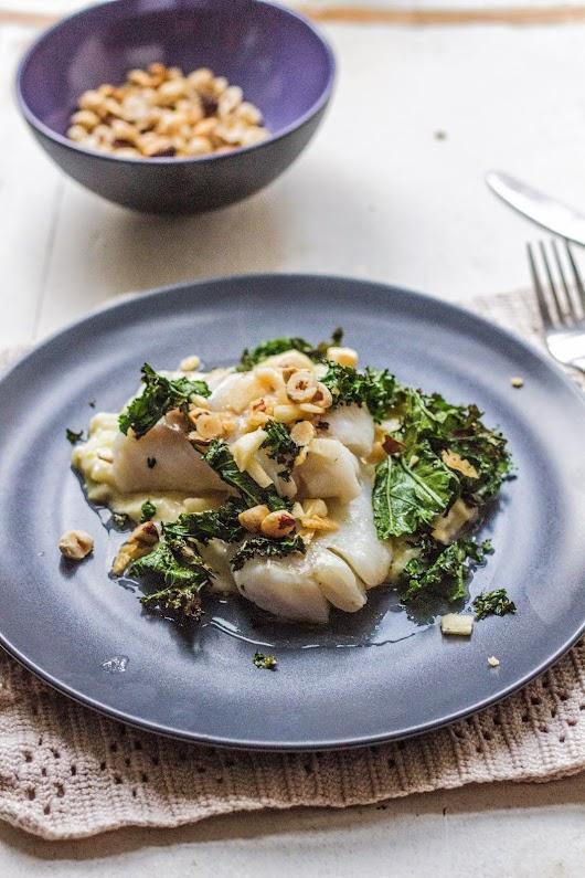 Madbloggerudfordringen: Syrebagt torsk med porre-fennikel-stuvning og grillet grønkål
