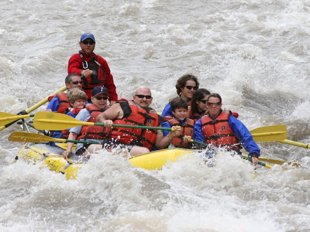 Full Raft in Rapids