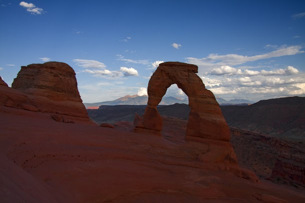 Delicate Arch - Arches National Park.jpg