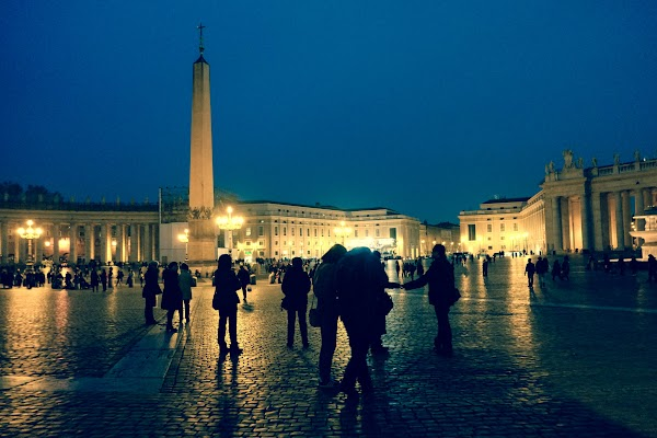Saint Peter square in Rome - Fujifilm X-E1 is great at low-light photography