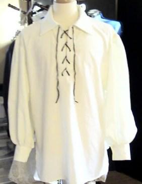 chemise médiéval