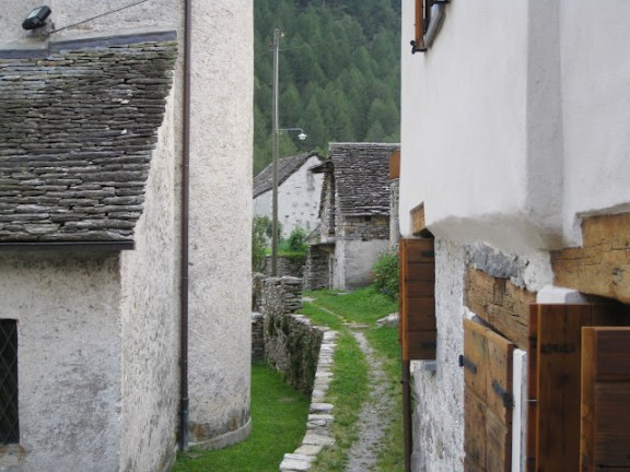 Alleys in Sonogno, Verzasca Valley