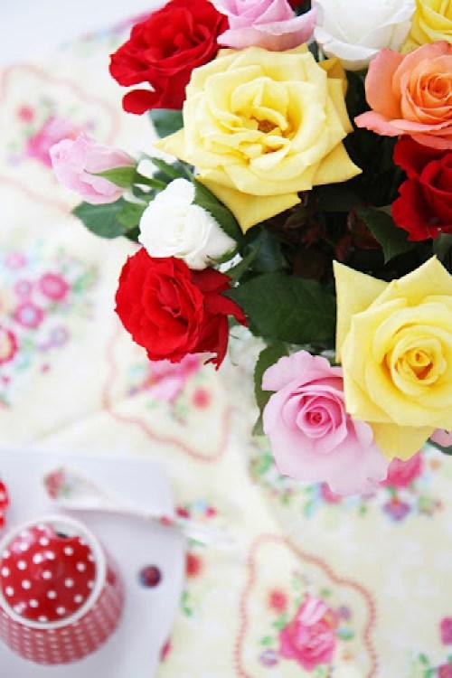 Roses flower arrangement on Greengate tea towel