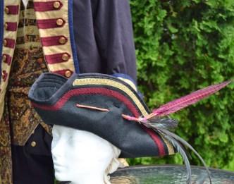 chapeau tricorne