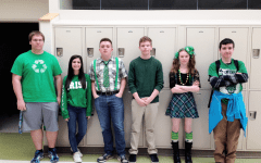 Erin go bragh–Green is the color of the day: Photo of the Day 3/17/2015