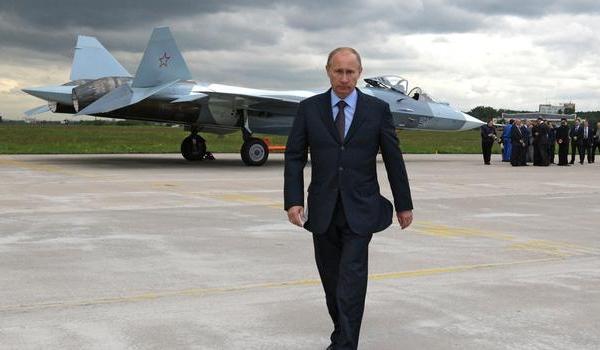 Putin_military_AP12022004925
