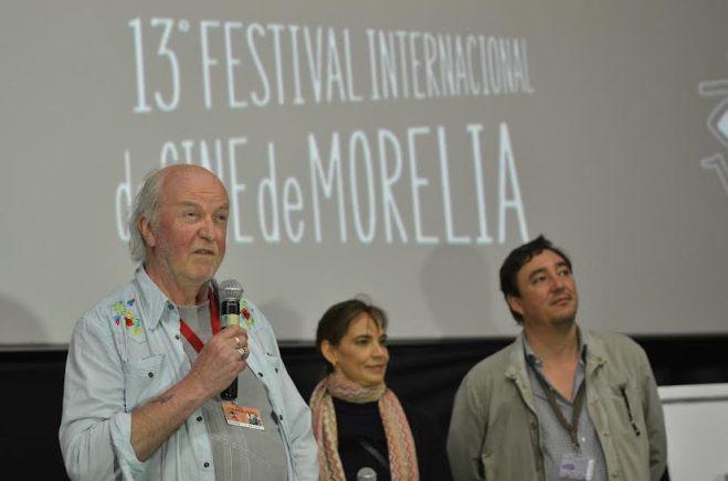 Nick Roddick crítico de cine en la presentación del Principito