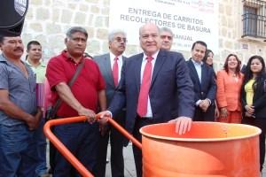 3 Entrega de 45 carritos recolectores de basura del Sindicato 3 de Marzo.19.11.2015