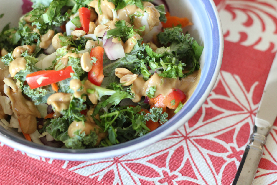 thai-peanut-salad-with-kale