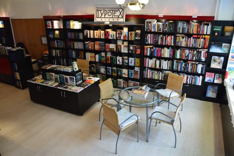 01.olvasók boltja
