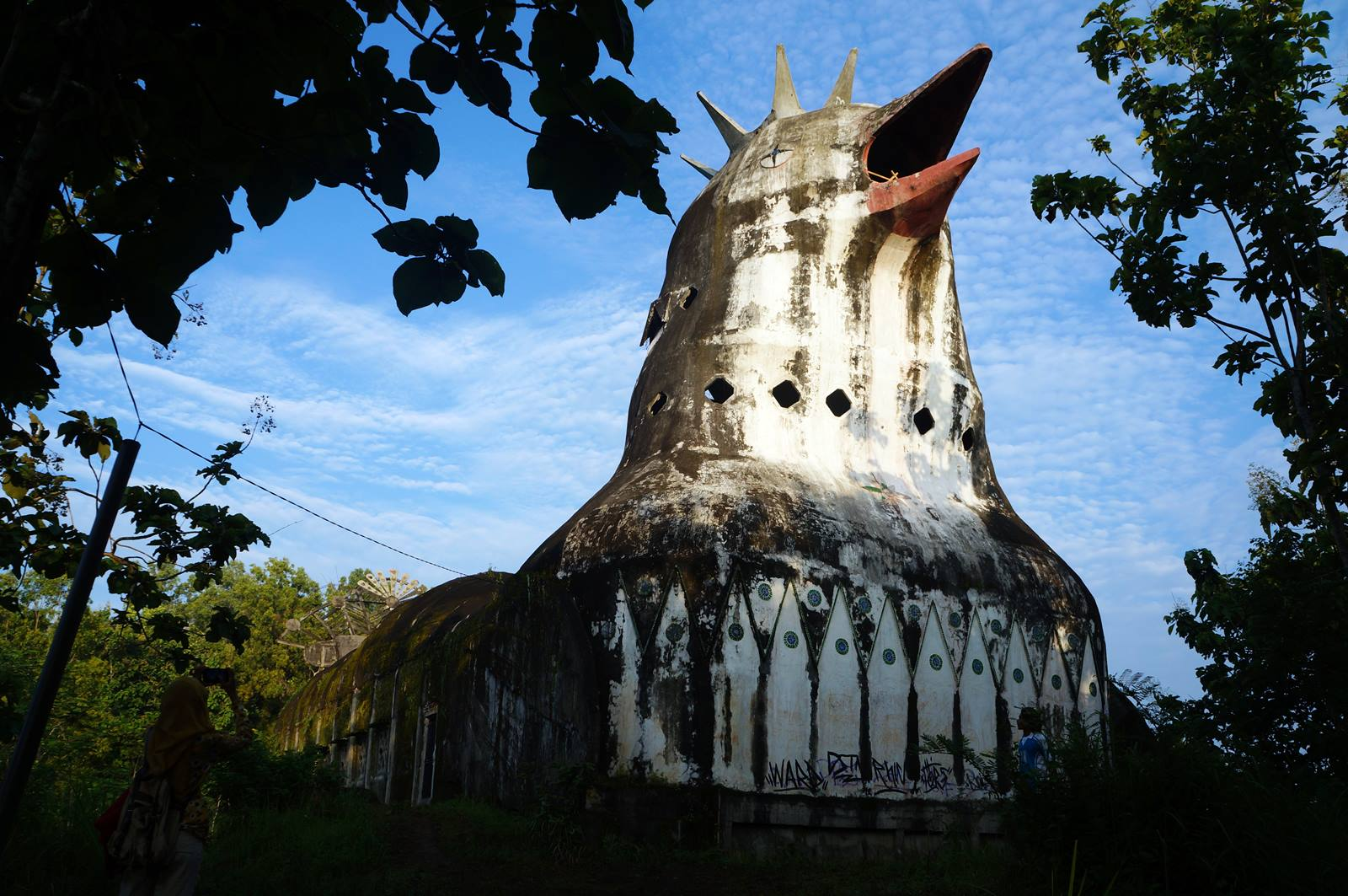 Gereja Ayam Di Magelang - LiburMulu.Com