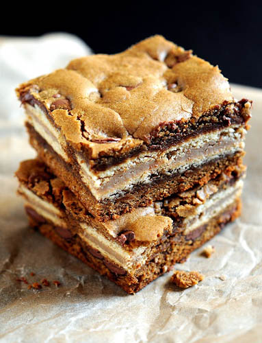 Milk Chocolate Chip Gingerbread Oreo Bars (via Culinary Concoctions by Peabody)