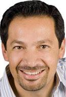 Rafael Ayala co- autor con Camilo Cruz