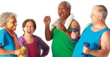 Ejercicios de cardio seguros para mayores