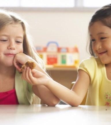 Como cultivar la bondad en los niños de edad preescolar
